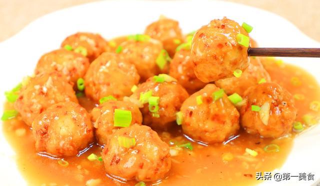 豆渣的吃法,丸子之中就服它,口感独特豆腐丸子,煮不散的豆腐渣
