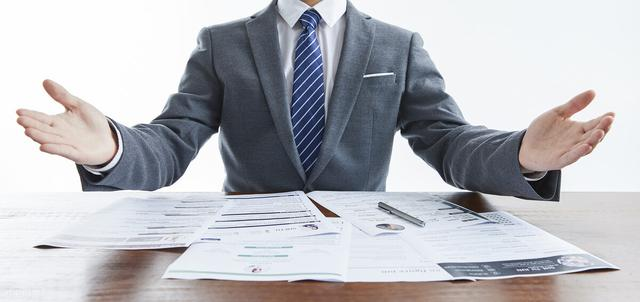 个人社保到法定退休年龄不能满足十五年规定时,应该怎么办?