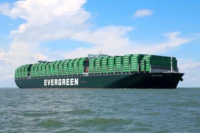 """""""长赐号""""大中型集装箱海运船苏伊士运河自打1869年"""