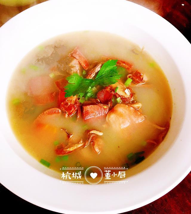 河蚌肉的做法,河蚌肉怎么做不老又没土腥味?搭配金华火腿肉,鲜嫩美味有营养