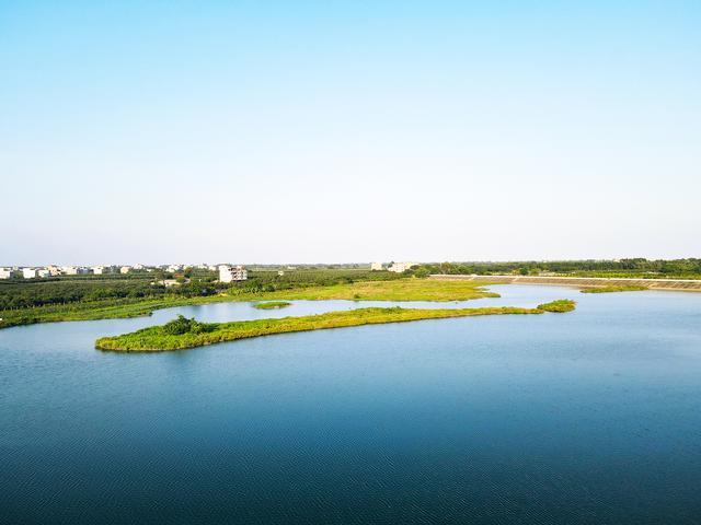 北海景点,北海市惊现绝美原生态湖景美色,未来开发成旅游景点必火
