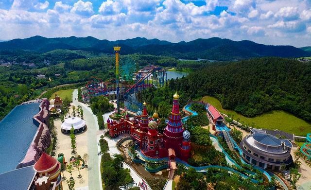 儿童游乐园投资多少,南京最大的生态游乐园,耗资8亿门票达260元,游客却源源不断