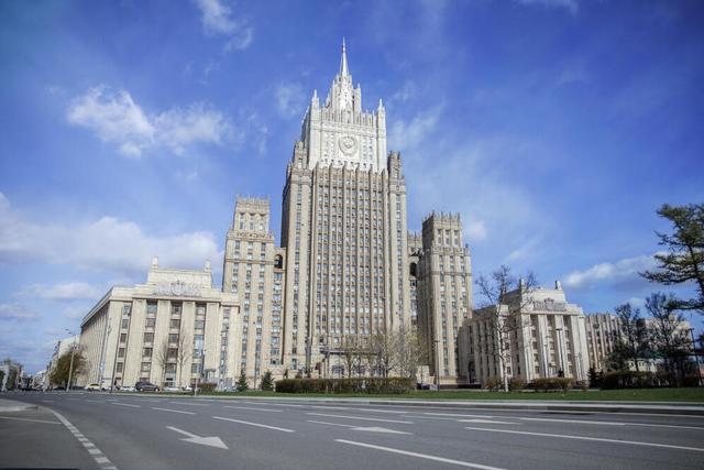 俄罗斯外交部要求乌克兰驻圣彼得堡总领馆领事索索纽克限期离境