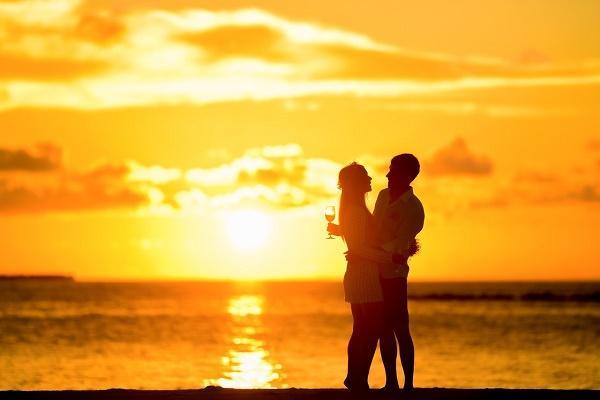 解梦梦见,周公解梦梦见老公出轨 不同人寓意不同