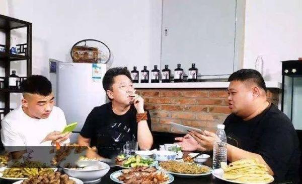 小葱拌豆腐歇后语下一句,天儿一热,北京人离不开这42盘凉菜,过瘾