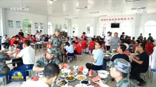 8月1日是什么节日,军民鱼水一家亲 各地庆祝建军节