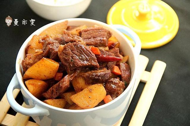 土豆烧牛肉的做法,土豆烧牛肉:人气经典,百吃不厌