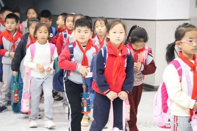 """二实验小学,不忘老辈体育精神,滨城区第二实验小学""""体艺见长,全面发展"""""""