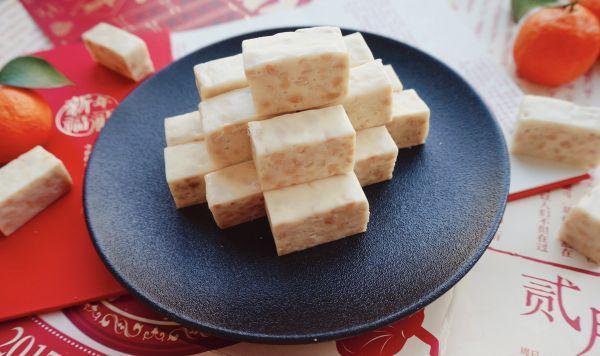 牛轧糖的做法,经典花生牛轧糖·简单好做零失败