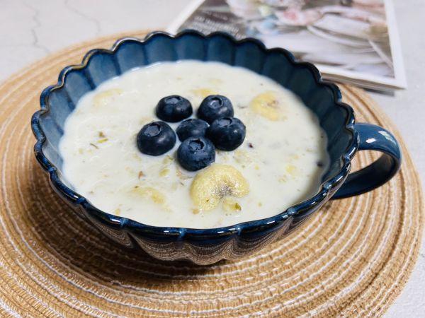 燕麦粥怎么做,营养美味❗️老少皆宜‼️牛奶燕麦粥