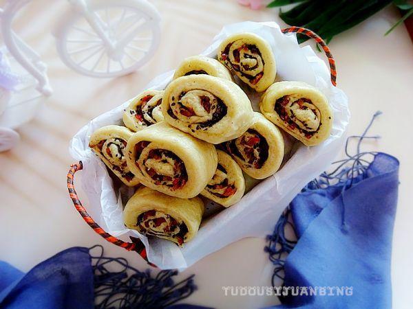 卷卷的吃法,香甜营养还有助瘦身的红枣杂粮卷,越吃越爱