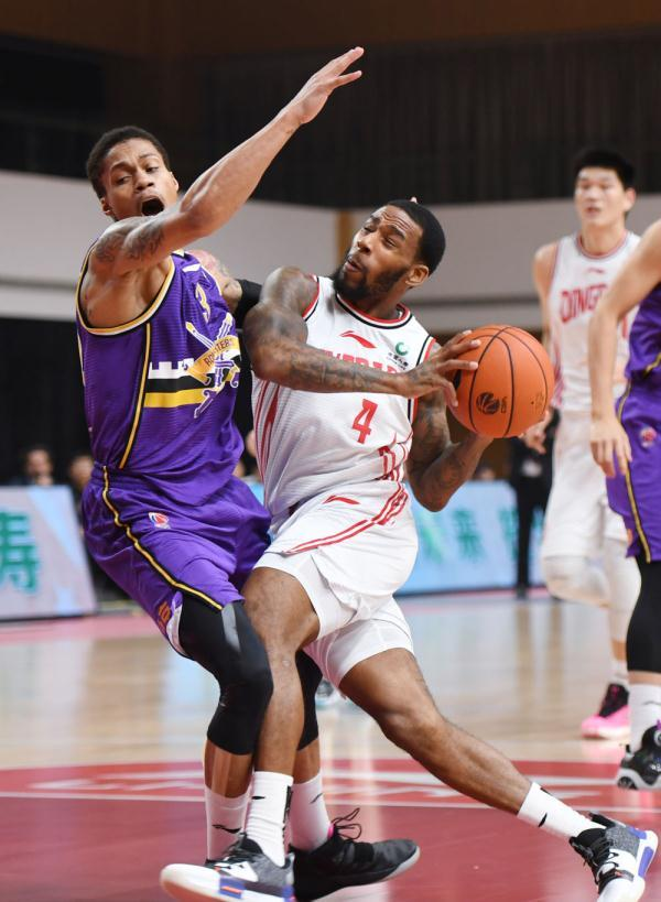 篮球丨CBA第四阶段:青岛每日优鲜胜北京紫禁勇士