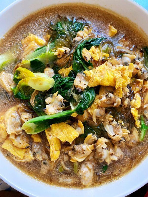 花蛤肉的做法,饭店的蛤蜊肉小白菜为什么那么好吃,主要是多了这一步