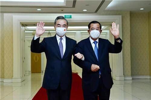 王毅访问柬埔寨,首相洪森:柬虽是小国,但不会在压力下退缩 全球新闻风头榜 第1张