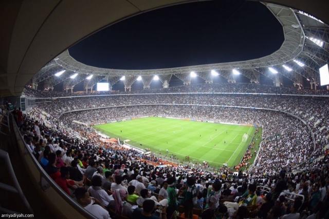 记者:满座+通风效果差,国足战沙特球场内温度可能超35度 全球新闻风头榜 第1张