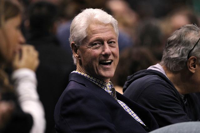 外媒:美国前总统克林顿疑似因血液感染住院