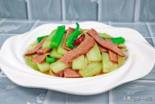 冬瓜的做法,冬瓜怎样做才好吃?试试和这道食材搭配,做法简单,下饭特别棒
