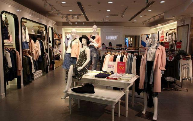 服装营销,服装店的营销套路,用免费引流,会员锁客,一年净赚50万