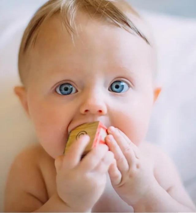六个月婴儿,6个月宝宝辅食食谱附做法