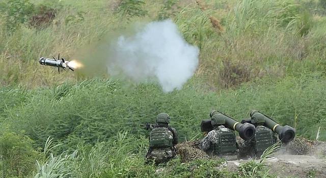 又挑衅!美售台400枚新型标枪反装甲导弹,明年一次运交台湾 全球新闻风头榜 第1张