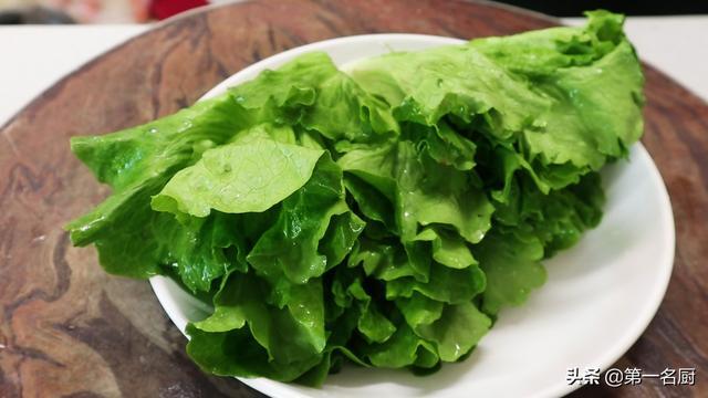 蚝油生菜怎么做,饭店的蚝油生菜为啥更好吃?大厨直接教你一招,出锅比肉都受欢迎