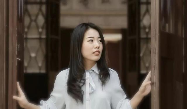 姓柳的名人,柳智宇:北大数学天才,毕业即出家为僧,如今下山做了心理咨询师