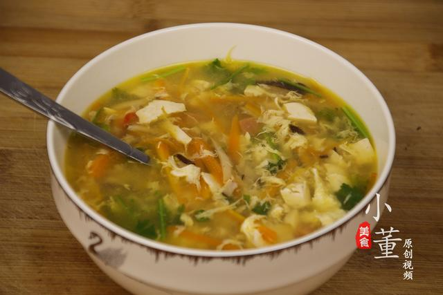 豆腐汤的做法,豆腐汤原来可以这么好喝!一次喝3大碗才过瘾,酸辣开胃又营养