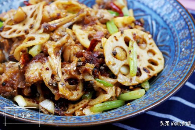 干锅牛蛙的做法,干锅牛蛙这样炒,肉嫩酥香,简单易学,吃多了也不会长胖