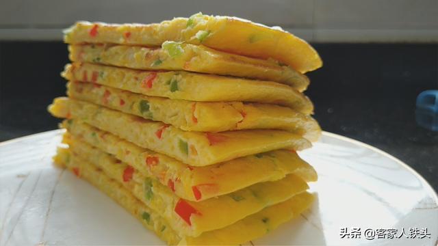南瓜的吃法,南瓜不要炖肉了,加4个鸡蛋,教你懒人新鲜吃法,营养好吃又解馋