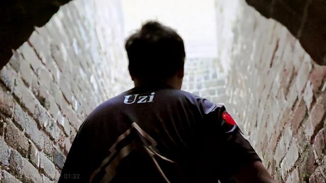 UZI宣布脱离RNG转至小象大鹅,UZI、PDD两大顶流会师 全球新闻风头榜 第4张