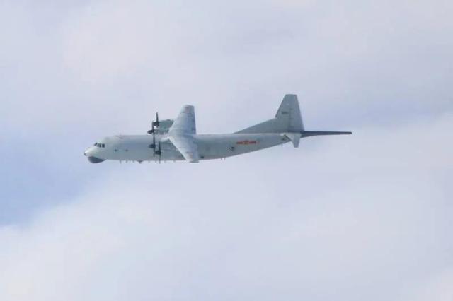 绿媒:解放军军机4日下午进入台空域,空域中同时有美国海军EP-3E一架
