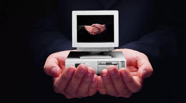 不对!一直认为电子商务的赢利目标是消费者,实际上压根并不是