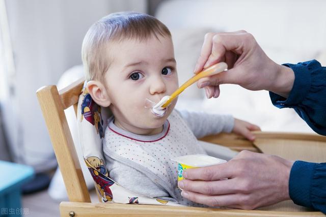 六个月婴儿辅食,6个月大的宝宝辅食添加要注意什么,添加哪些食材?