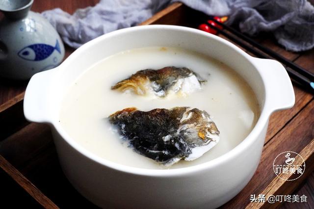 鱼汤的做法,教你炖鱼头汤的正确方法,掌握这2步,鱼汤又白又香浓,无腥味