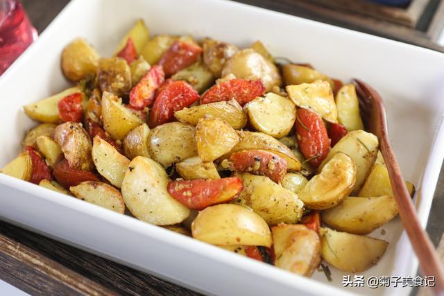 土豆的做法,爱吃土豆的朋友别错过,土豆的10种经典做法,简单易学快收藏