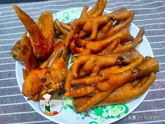鸡爪子的做法家常做法,早茶店同款卤鸡脚,回家自己做,配方简单,鲜香又入味,太解馋了