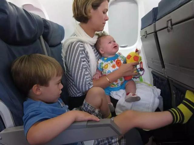 婴儿机票,春节要到了,送你一份带宝宝坐飞机的全攻略!