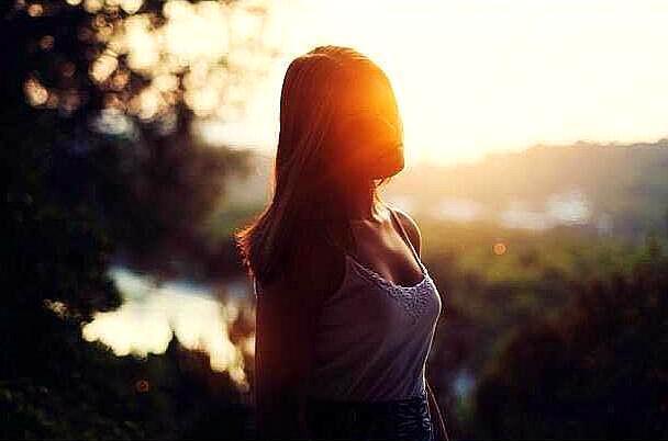 无奈的短句,内心伤感无奈的一句话,悲凉痛心,看完秒哭