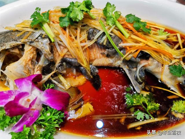 东北的吃法,2021年夜饭菜单,东北风味18个菜,下酒硬菜多,丰盛年味足