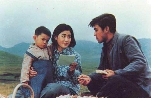 牧马人电影简介,再看《牧马人》:饱含爱情本质的背后,更有那自然与国家的情怀
