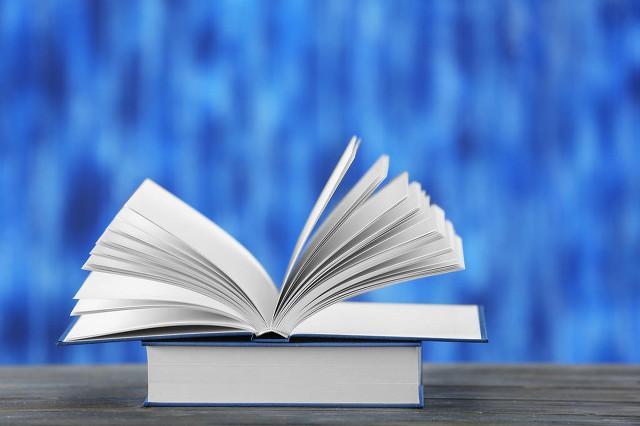 初一语文上册,初一语文怎么预习?部编版语文七年级上册目录分析如下