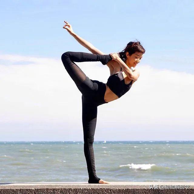 瑜伽动作图片,这7个瑜伽动作,能坚持30秒以上的,身材一定不会差