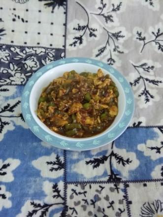 辣椒酱的家常做法,辣椒酱好吃有诀窍,不用一点盐,香辣过瘾,炖好后就能吃