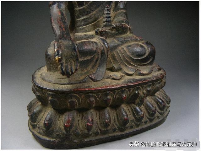 佛像的特征,看一眼莲花座,就能知道佛像的年代,掌握这2个小技巧,你也可以
