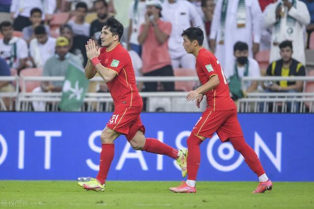 洛国富道歉:我将扳平的机会错过了 吴曦进球却遗憾国足未能拿分 全球新闻风头榜 第2张