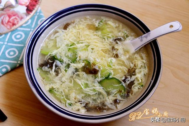 黄菇的吃法,分享6种汤的做法,味美不上火,夏秋交替季节,要常做给家人喝