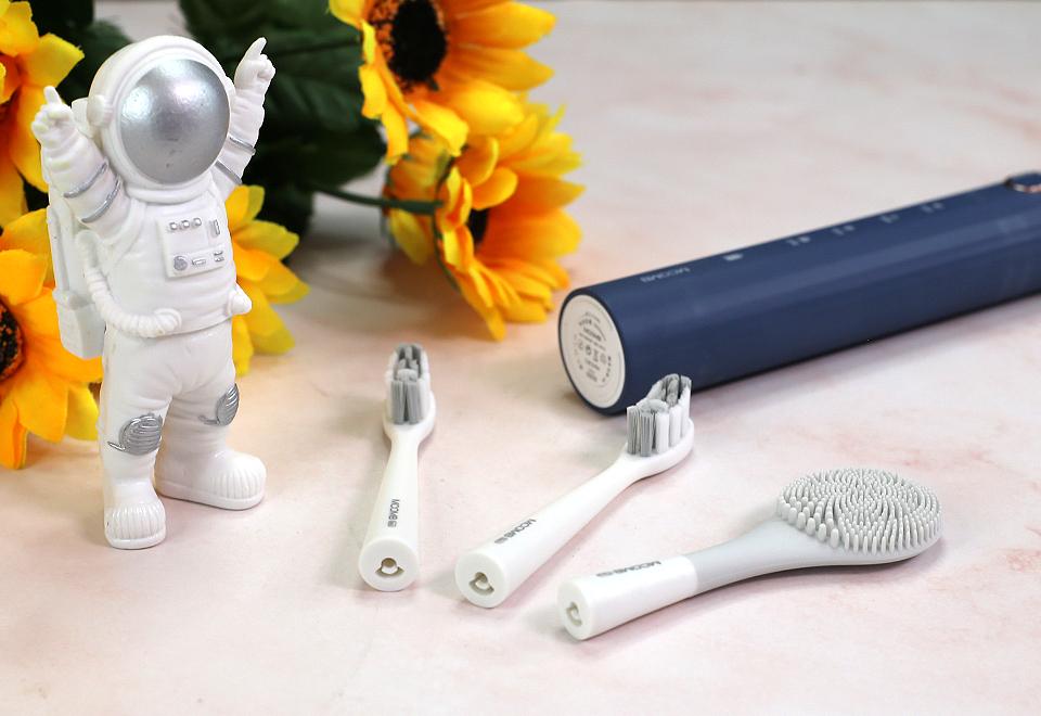 亲民定位,功能多元,美看mcomb M2 Plus电动牙刷