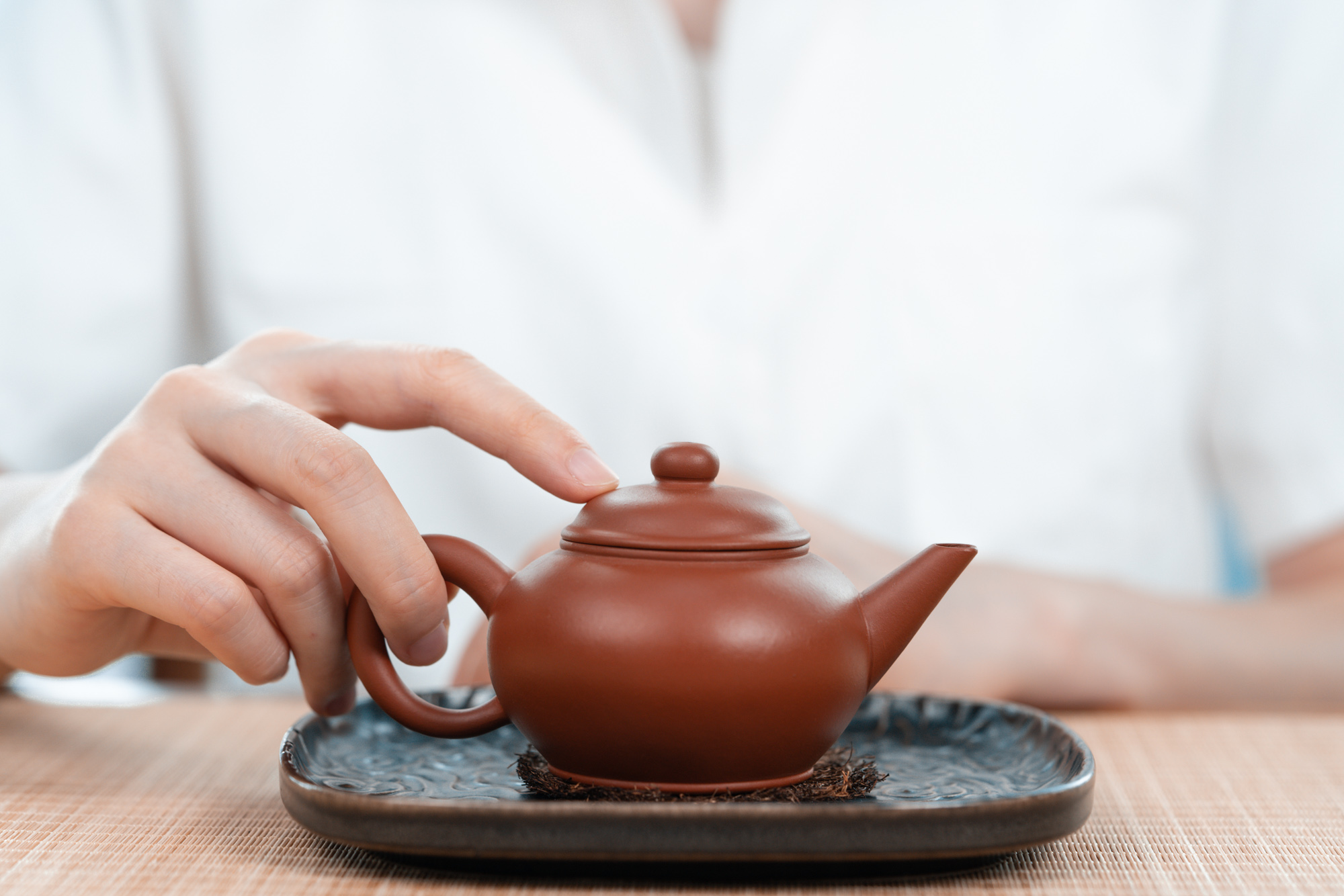 小喜年-到底是紫砂壶泡茶好,还是盖碗泡茶好?