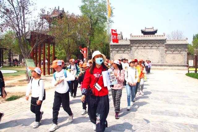 2021郓城水浒好汉城春季研学旅行正在进行中(图6)