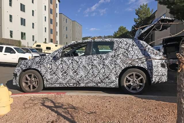 梅赛德斯·奔驰EQS SUV,不断增长的EQ系列